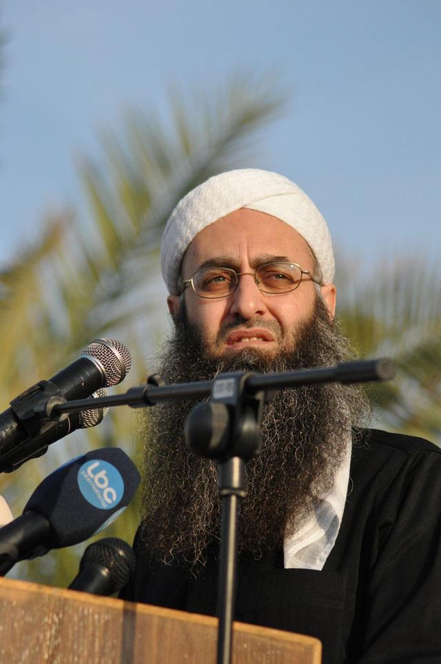 احمد الأسیر (17)