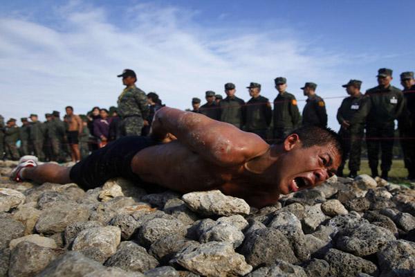 تمرینات نظامی (2)