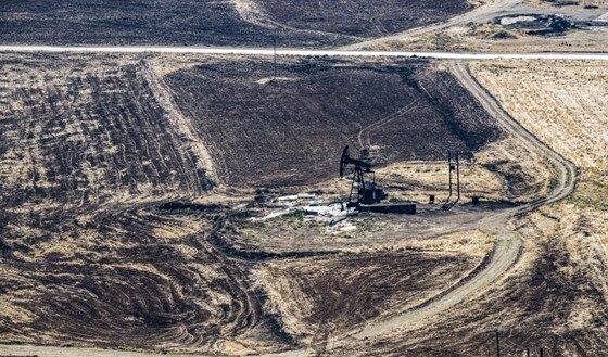 سوریه تانکرهای قاچاق نفت را منهدم کرد