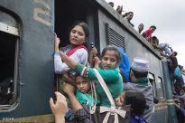 قطار سواری در بنگلادش