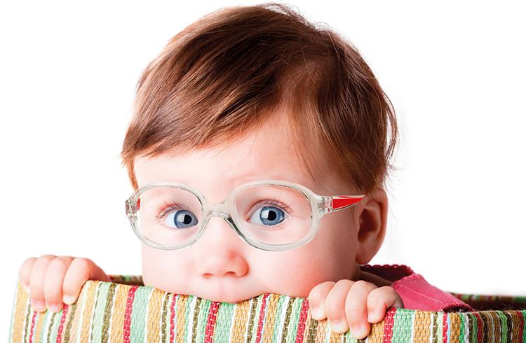 عینکی های مشهور جهان