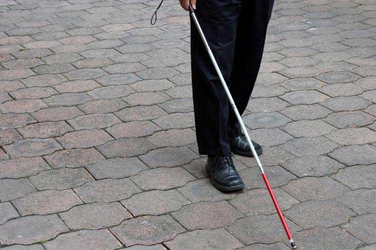 هدیه برای نابینایان